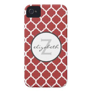 Monograma rojo de Quatrefoil iPhone 4 Carcasa