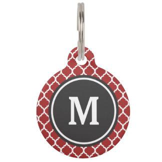 Monograma rojo de Quatrefoil Placas Para Mascotas