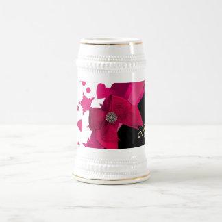 Monograma rojo y blanco modelado femenino bonito jarra de cerveza