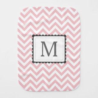 Monograma rosa claro y blanco del personalizado de paños de bebé