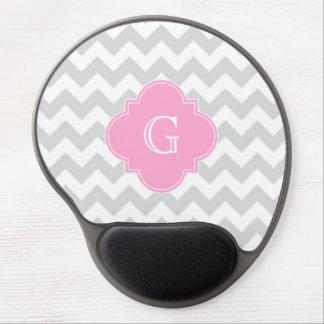 Monograma rosado blanco gris claro de Chevron Alfombrillas De Ratón Con Gel