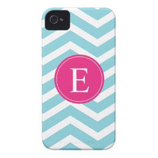 Monograma rosado brillante blanco azul de Chevron Case-Mate iPhone 4 Funda