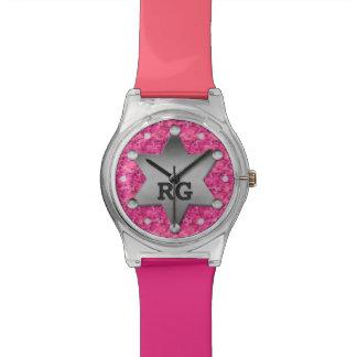 Monograma rosado de la insignia del sheriff del relojes de pulsera