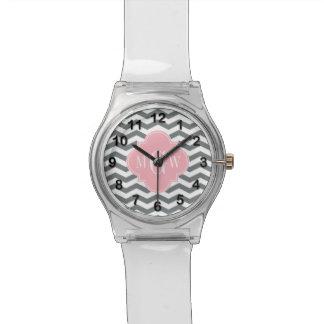 Monograma rosado fino de Chevron Quatrefoil 3 del Reloj De Mano