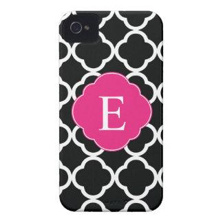 Monograma rosado negro de Quatrefoil Case-Mate iPhone 4 Cárcasas