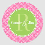 Monograma rosado y verde de los círculos etiquetas redondas