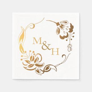 Monograma rústico de la guirnalda del oro de las servilleta de papel