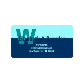 Monograma simple moderno de los azules marinos y d etiqueta de dirección