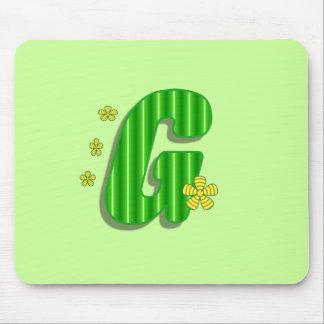 Monograma verde de G Alfombrillas De Ratón