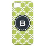Monograma verde elegante del modelo que entrelaza iPhone 5 Case-Mate cobertura
