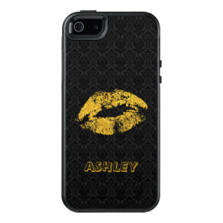 Monogrammed Black Damask And Gold Lips OtterBox iPhone 5/5s/SE Case