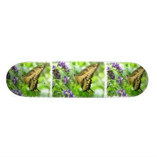 Monopatín amarillo de la mariposa de Swallowtail Monopatin Personalizado