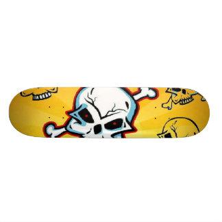 Monopatín asustadizo del cráneo skate boards