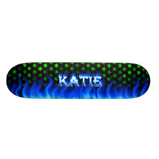 Monopatín azul de Skatersollie del fuego de Katie