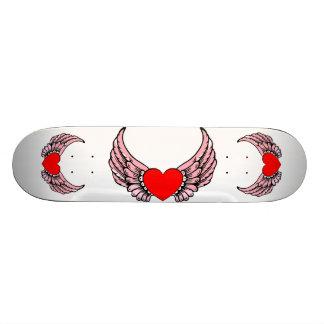 Monopatín con alas rosa del corazón patin personalizado