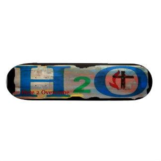 Monopatín cristiano del diseño de H2O