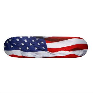 Monopatín de la bandera americana favorable