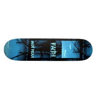 Monopatín de la fe patineta personalizada