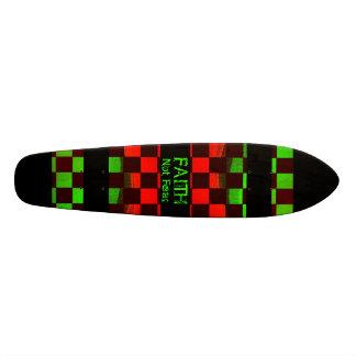 Monopatín de la fe skate board