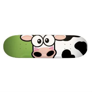 Monopatín de ruborización de la vaca skateboards
