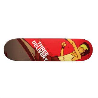 Monopatín de tres Delivery™ Tobey Skate Board