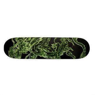 Monopatín del dragón verde
