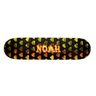 monopatín del fuego real de Noah