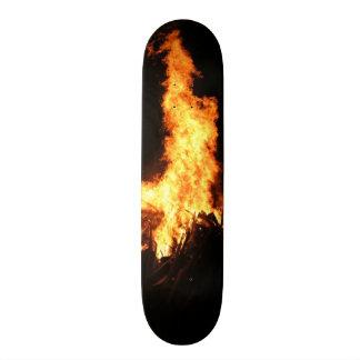 Monopatín del infierno patin