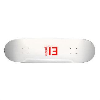 Monopatín del orgullo del E-I Skateboards