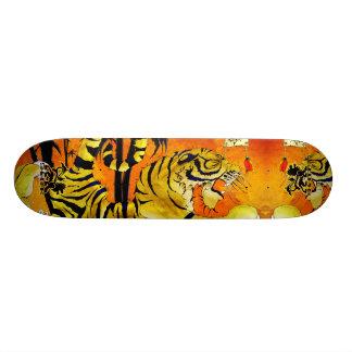 Monopatín del río del tigre monopatin personalizado