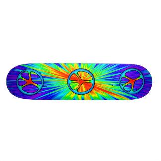 monopatín del signo de la paz del estilo 60s patines