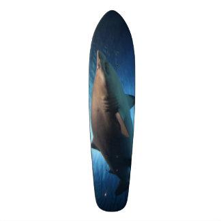 Monopatín del tiburón patines