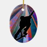 Monopatín en un rayo del edificio ornamento para arbol de navidad