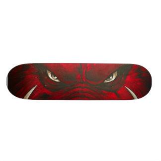 Monopatín enojado del cerdo skateboard