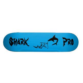 Monopatín: Favorable monopatín del tiburón Patines