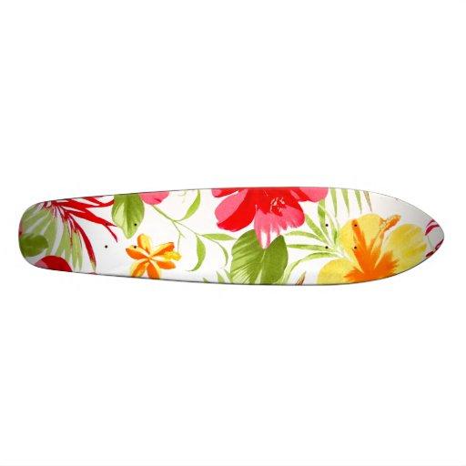 Monopatín floral de la fiesta del hibisco