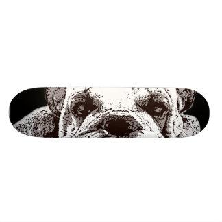 Monopatín inglés del dogo skateboard