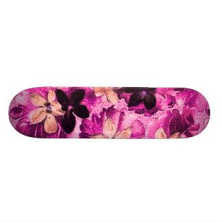 Monopatín magenta rosado de las violetas del meloc