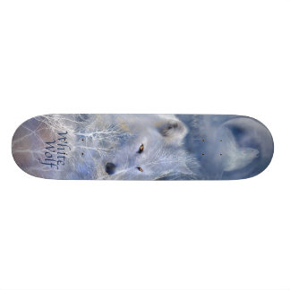 Monopatín Paseo-Blanco salvaje del lobo