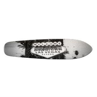 Monopatín perdido del proyecto del arte de Vegas Skateboards