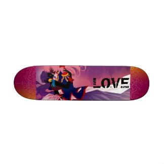 Monopatín púrpura del amor