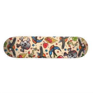 Monopatín retro del tatuaje skate boards