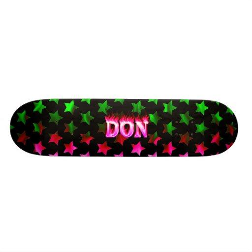 Monopatín rosado de Skatersollie del fuego de Don Patines