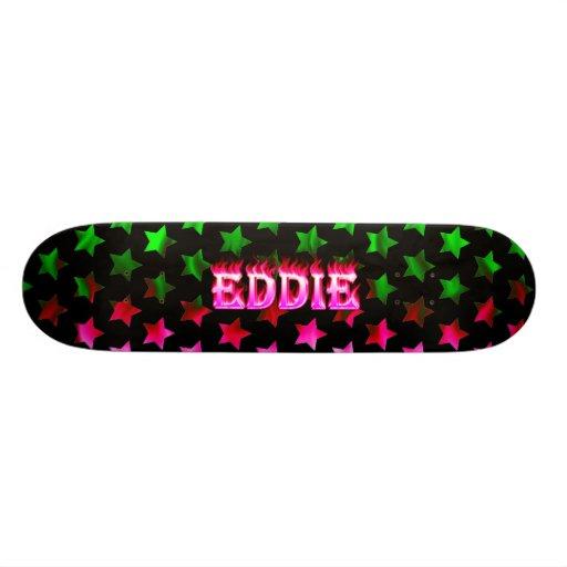 Monopatín rosado de Skatersollie del fuego de Eddi