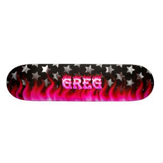 Monopatín rosado de Skatersollie del fuego de Greg