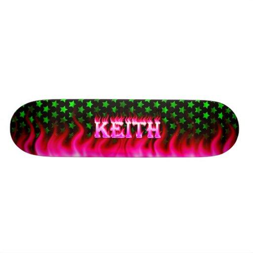 Monopatín rosado de Skatersollie del fuego de Keit