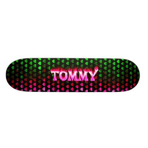 Monopatín rosado de Skatersollie del fuego de Tomm Skateboard