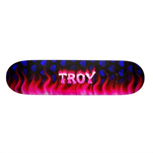 Monopatín rosado de Skatersollie del fuego de Troy Monopatin Personalizado
