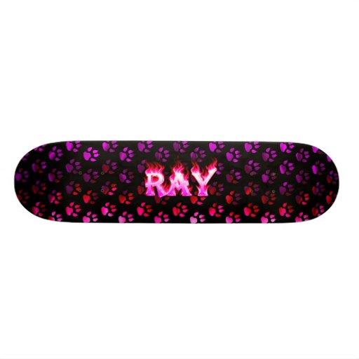 Monopatín rosado de Skatersollie del fuego del ray