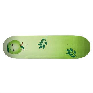 Monopatín verde de la manzana